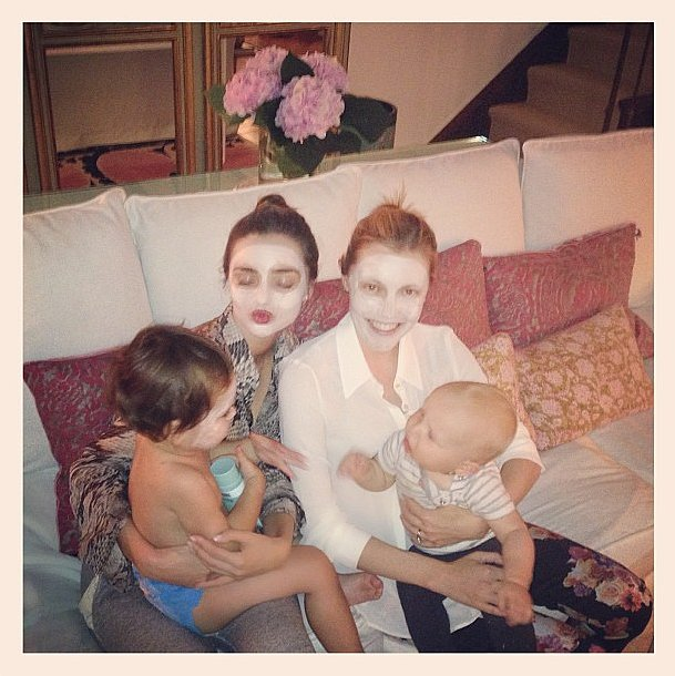 Even when she's in a mask, Miranda Kerr looks stunning! Source: Instagram user mirandakerr
