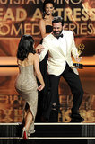 Jon Hamm showed that he's both handsome and a gentleman when he helped Julia Louis-Dreyfus up the stairs.