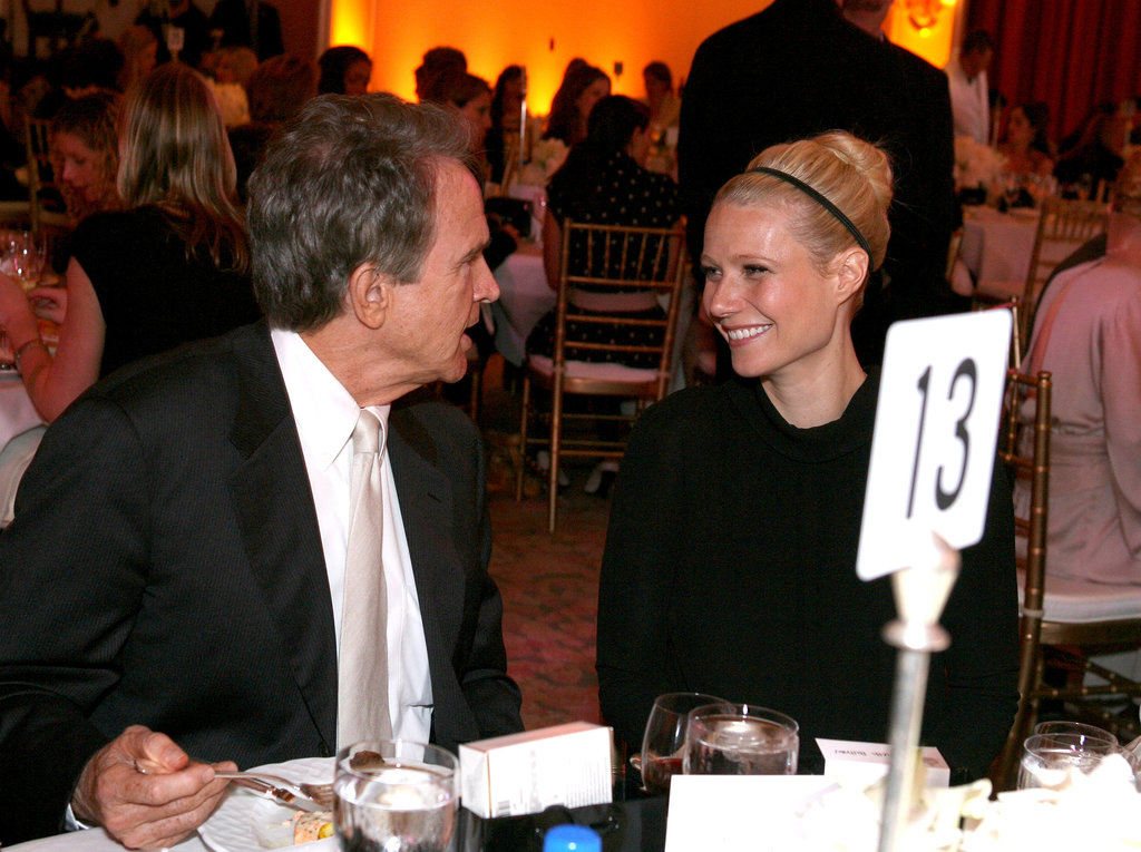 Gwyneth Paltrow chatted with Warren Beatty during a Hollywood event in September 2006.