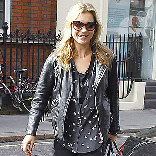 Kate Moss Buying Lunch in London | Pictures