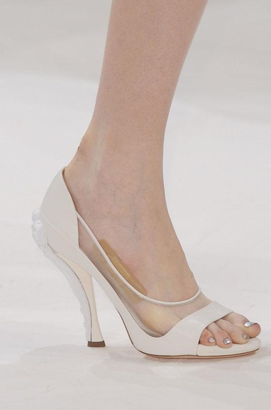巴黎时装周鞋品集萃