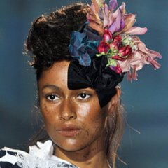 2014 Spring Paris Fashion Week: Vivienne Westwood Beauty