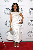 Kerry Washington wore a white J. Mendel dress and carried a clutch by Hunting Season.