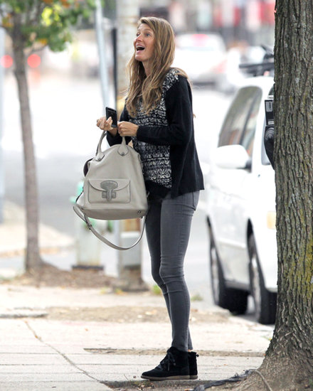 What's So Exciting, Gisele Bündchen?
