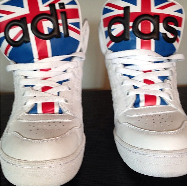 God save Anna Dello Russo's Jeremy Scott kicks. Source: Instagram user anna_dello_russo