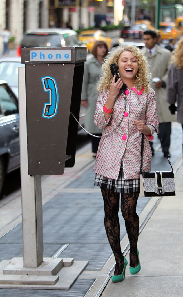 AnnaSophia Robb took a hilarious phone call on the set of The Carrie Diaries on Tuesday in NYC.