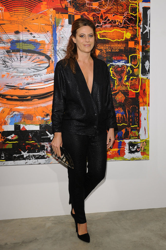 Francesca Versace arrived at the Cardi Black Box Gallery in a sleek black pairing.