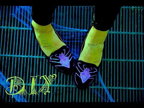 Halloween Costume Idea Spider Loafer DIY | Video