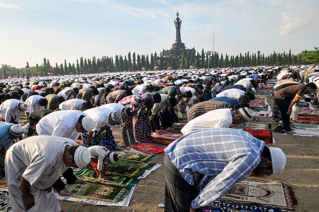 People gathered at Bali's Bajra Sandhi monument for Eid al-Adha.