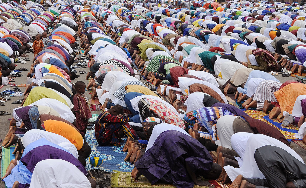 Thousands of people prayed together along the Ivory Coast.