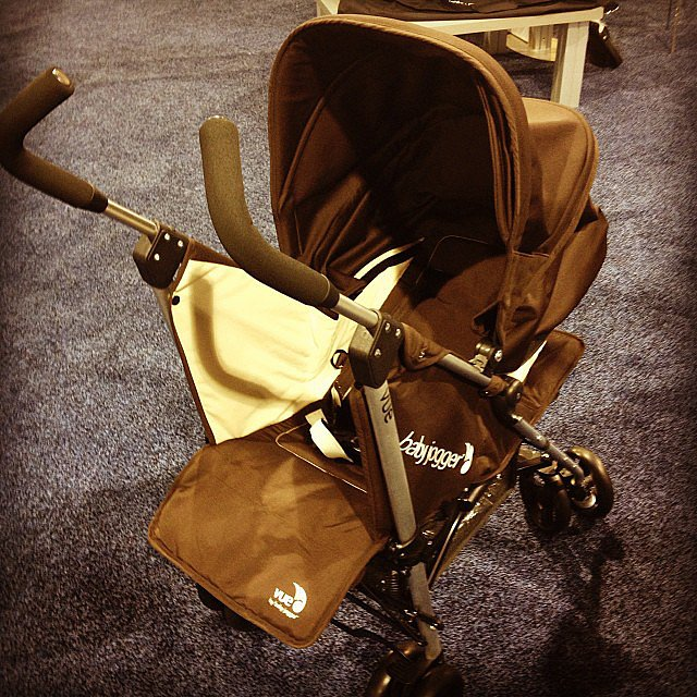 Baby Jogger's first umbrella stroller — the Vue — is reversible. It is both forward- and parent-facing.