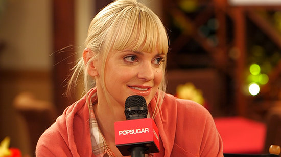 "Anna Faris Talks ""Mom Guilt,"" Her New Chuck Lorre Comedy, and Why Twitter Terrifies Her"