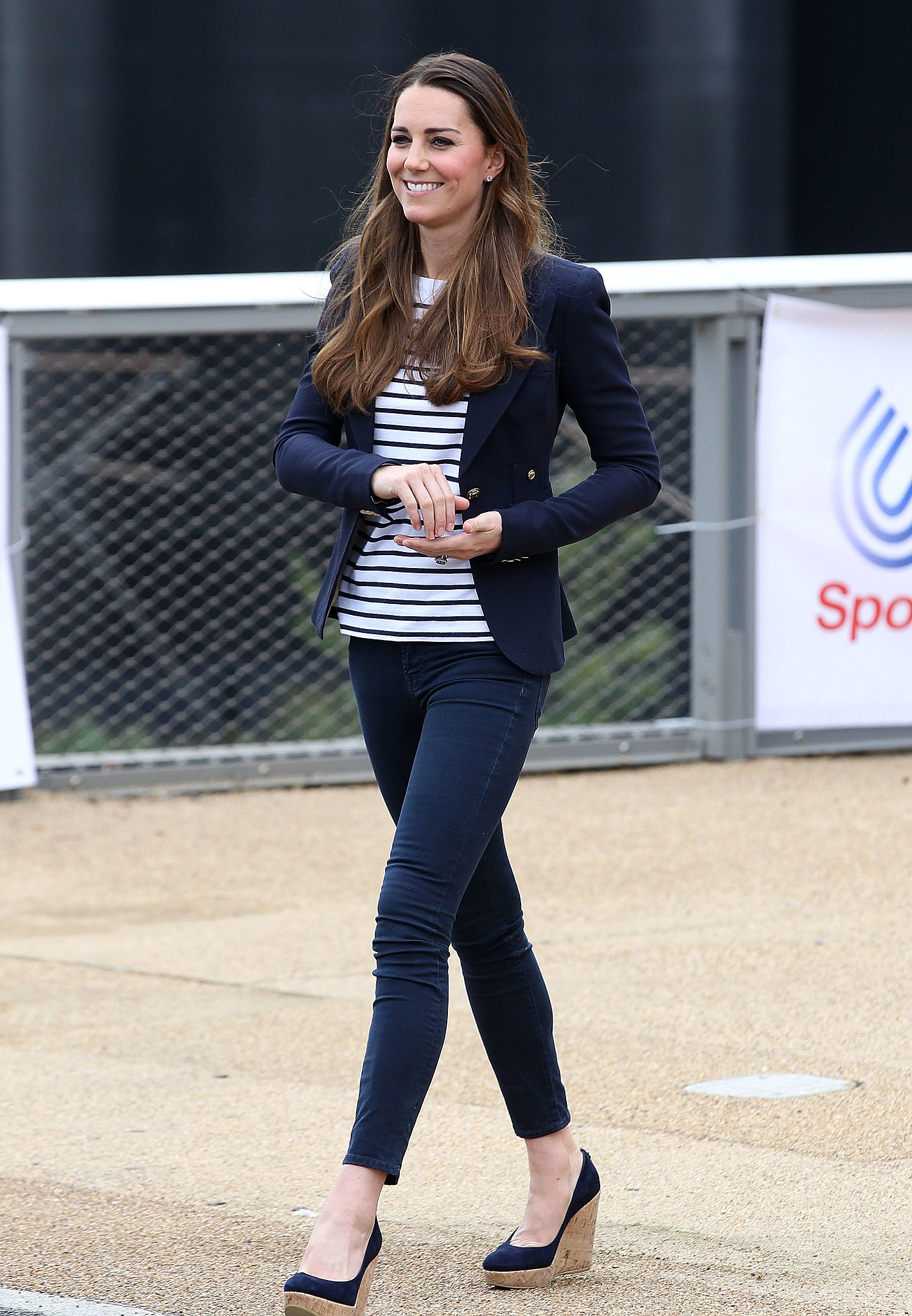 In October 2013, the duchess made her first postbaby solo appearance at a Sportaid athlete workshop in London.