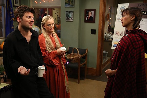 Parks and Recreation Leslie (Amy Poehler) and Ben (Adam Scott) make the best Princess Buttercup and Wesley, right?!