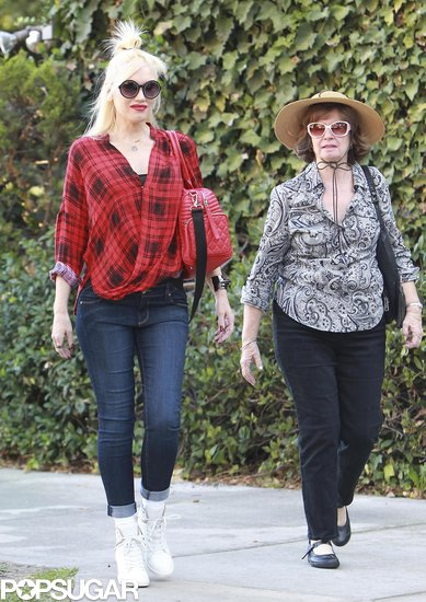 Gwen Stefani Gets Back to Halloween Duties After Debuting Her Baby Bump