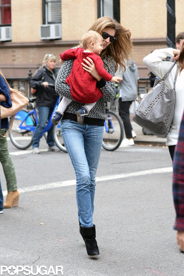 Gisele Bündchen and her baby daughter, Vivian Brady, spent an afternoon together in NYC.