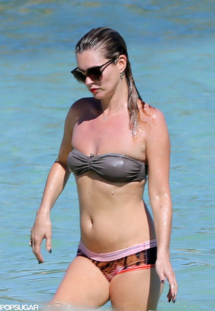 Kate Moss wore a mismatched bikini.