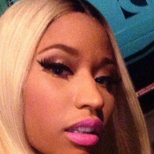 We spy some hot pink lips on Nicki Minaj! Source: Instagram user nickiminaj