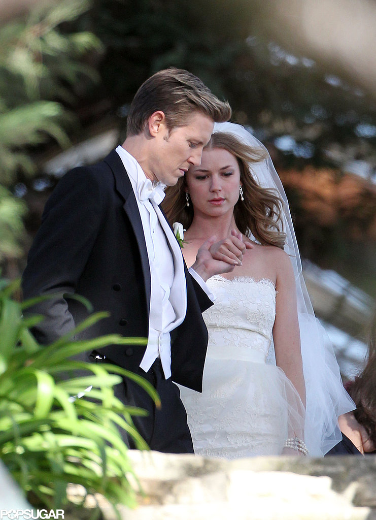 Emily VanCamp and Gabriel Mann filmed wedding scenes for Revenge in LA.