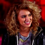 Tori Kelly Interview For Foreword | Video
