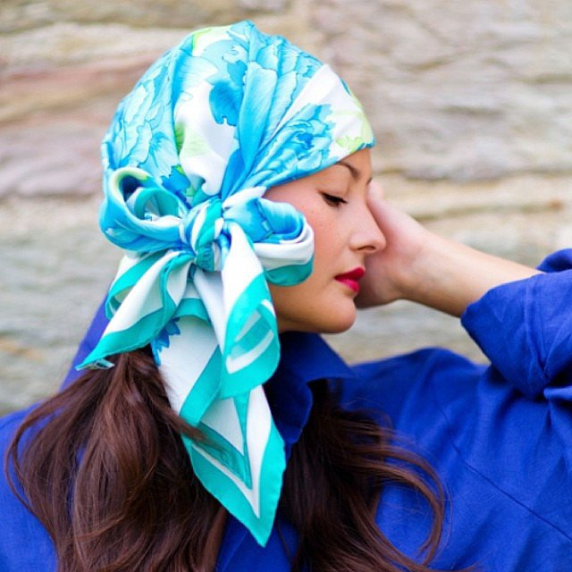 How chic is Peony Lim's headscarf? Source: Instagram user peonylim