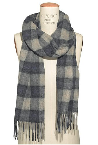 Give the gift of the classics with this Barbour Gowan check scarf ($69).