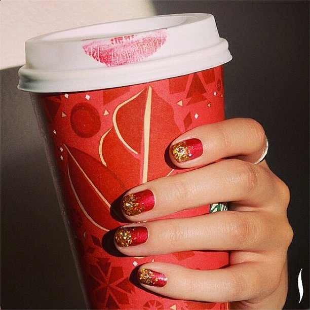 If this doesn't get you in the mood for the holidays, we don't know what would. Source: Instagram user sephora