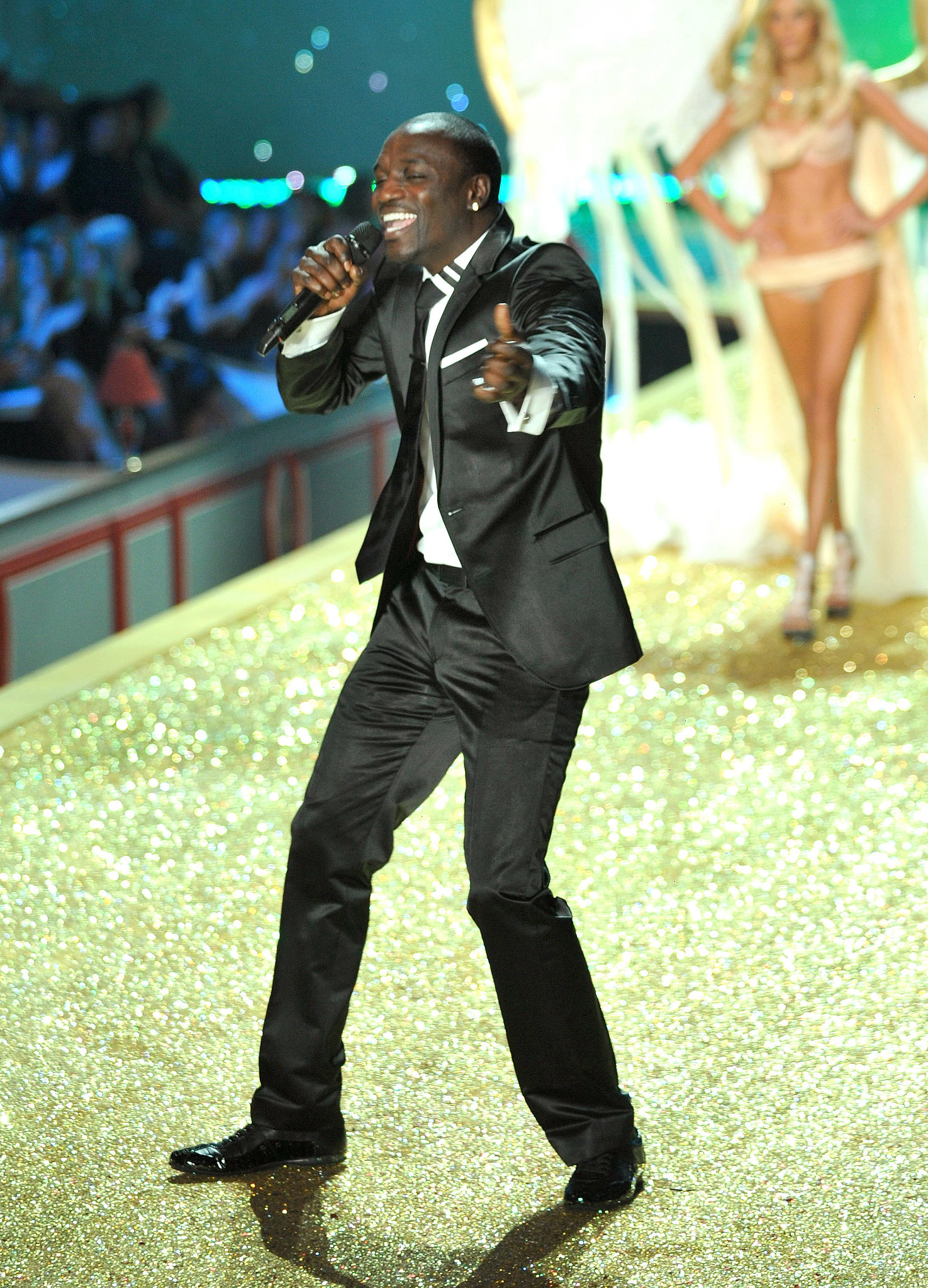 "Akon sang his hit ""Angel"" while on stage at the 2010 show."