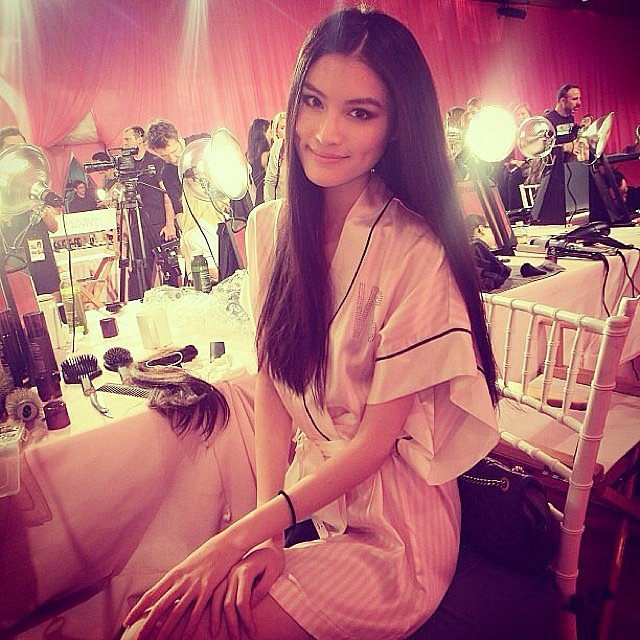 The pretty Sui He gave us a look at her smoky eye. Source: Instagram user newyorkmodels