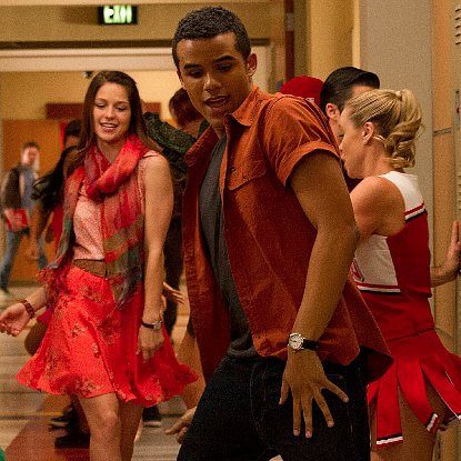 "Glee Recap of ""The End of Twerk"""