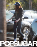 Kristen Stewart wore Vans shoes and skinny jeans.