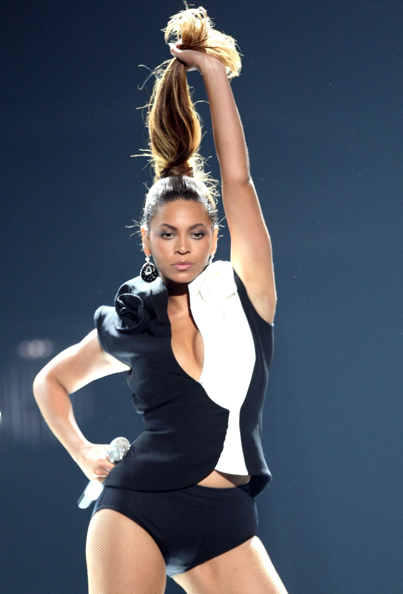 "Beyoncé performed a blazing rendition of ""Single Ladies"" in 2008."