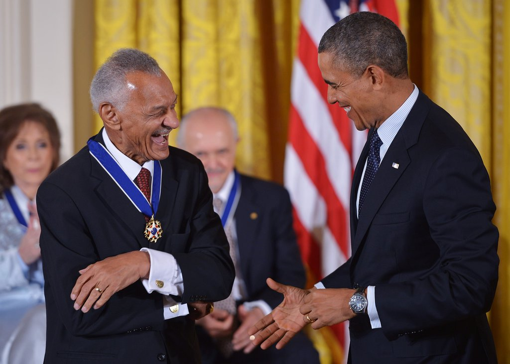 Barack Obama presented the 2013 Presidential Medal of Freedom to CT Vivian, a close friend of Martin Luther King Jr.