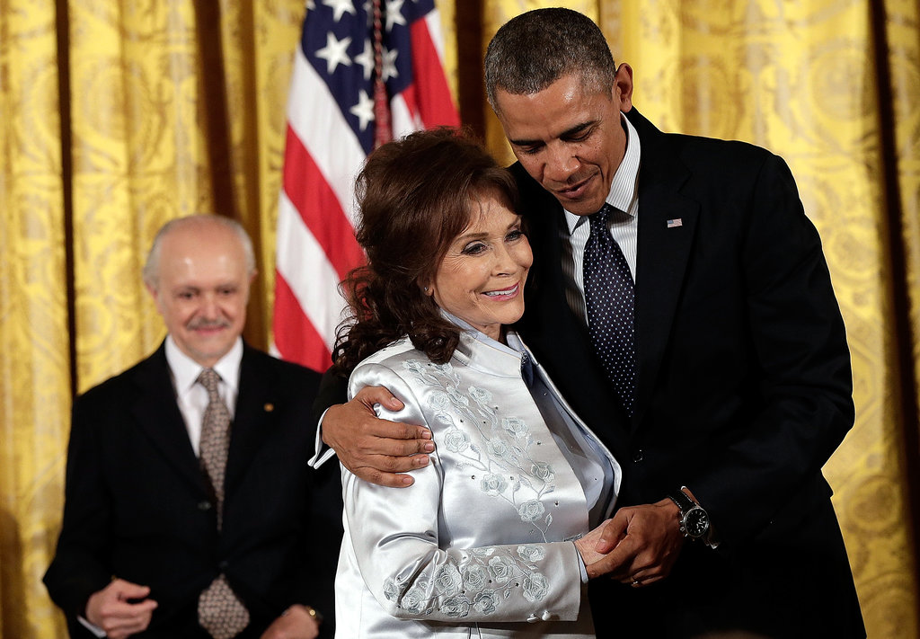 Country star Loretta Lynn shook hands with President Obama.