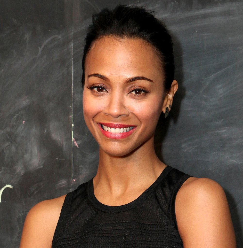 Zoe Saldana's glowing skin took center stage with this minimal makeup look. Just define your brows, and swipe on some lipstick and mascara.