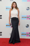 Daisy Fuentes chose a black-and-white look.