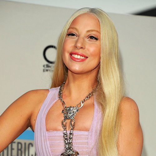 Lady Gaga Hair and Makeup at American Music Awards 2013