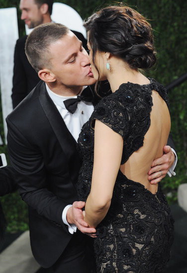 Channing Tatum gave Jenna Dewan a kiss at the 2012 Vanity Fair Oscars party in Hollywood.