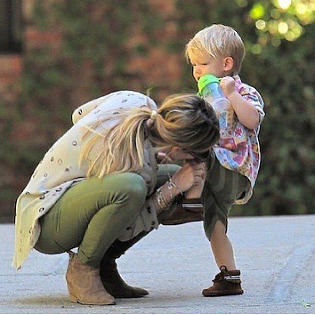 Hilary Duff gave little Luca a kiss to heal his boo-boo.  Source: Instagram user hilaryduff