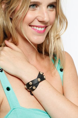 Leather Lion Detailed Wrap Around Bracelet