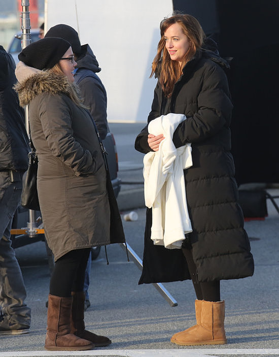 Johnson wore Uggs on the chilly Vancouver set.