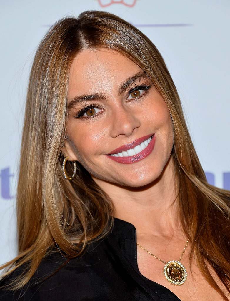 Sofia Vergara was out with her light-brunette strands down and straight. Her makeup focused on bold brows, eyeliner, and a rose lip color.