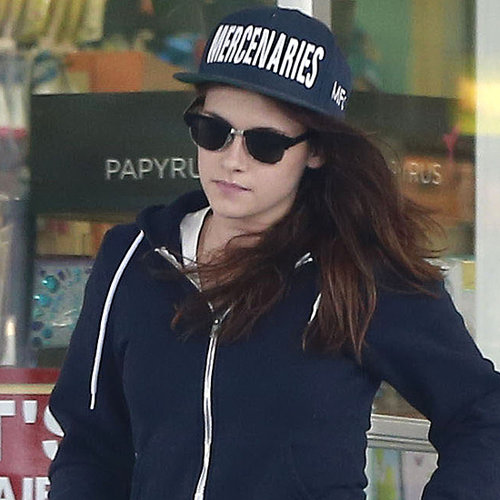 Kristen Stewart at a Gas Station in LA 2013 | Pictures