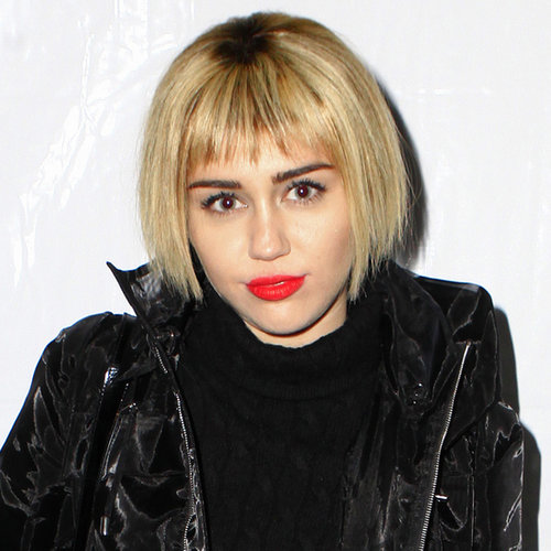 Miley Cyrus Wore a Wig to KROQ Almost Acoustic Christmas