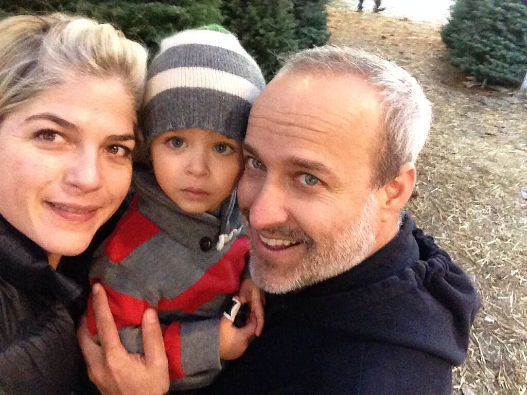 Arthur Bleick was surrounded by family while picking out the family's Christmas tree. Source: Twitter user SelmaBlair