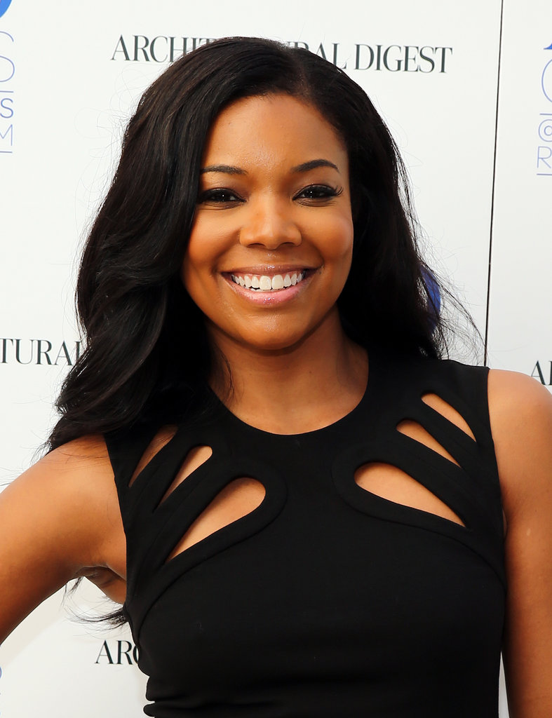 Gabrielle Union brought us back to the basics in an LBD. She wore her hair in long, flowing waves and went with an equally simple makeup look that focused on a soft smoky eye.