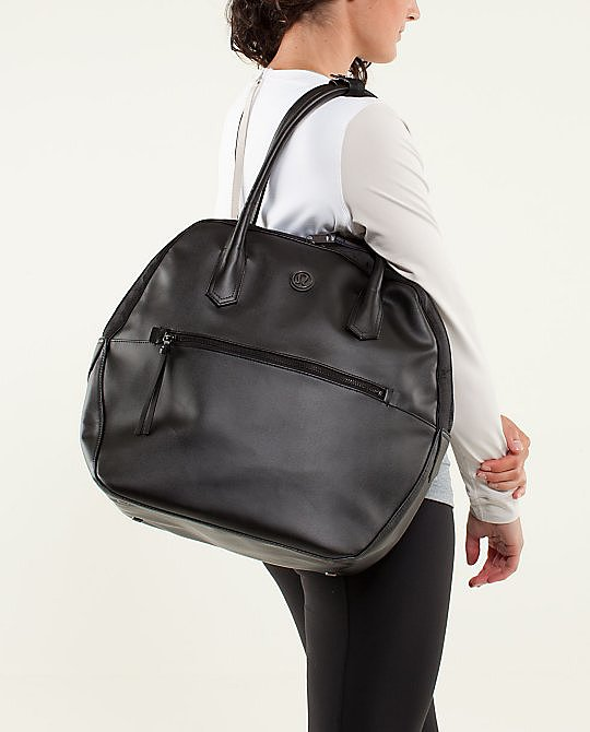 To Receive: Lululemon Happy Hatha Hour Bag