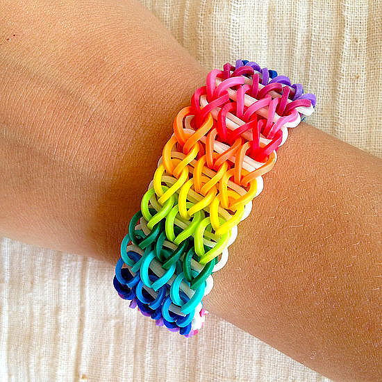 Kid Crafts: Rainbow Loom Bracelets