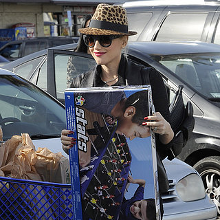 Gwen Stefani Christmas Shopping at Toys R Us