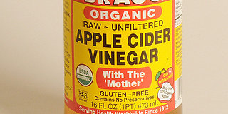 Benefits Of Apple Cider Vinegar: Foot Soak, Hair Wash, Toner... And Mouthwash? (VIDEO)